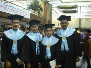 Wisuda UG 2010