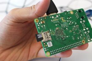 ri32-instalasi-raspbian-raspberry